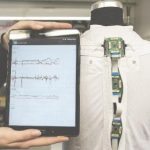 Dynasens Pflegeshirt mit Sensorik